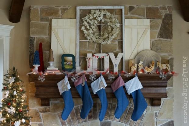 Christmas Mantel 1 familybringsjoy.com