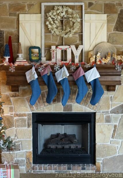 Christmas Mantel 4 familybringsjoy.com