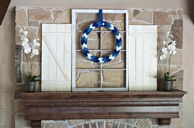 blue and white chevron wreath familybringsjoy.com