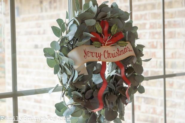 wreath familybringsjoy.com
