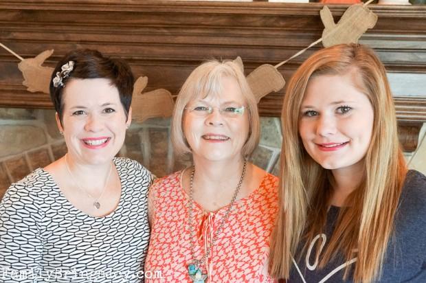 3 generations familybringsjoy